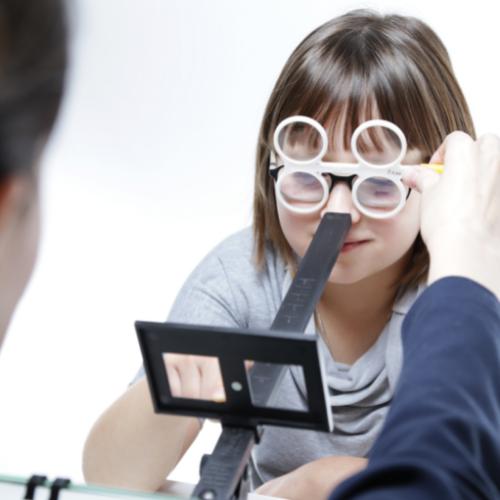 Lazy Eye Treatment Edmonton | Correcting Vision Syndromes Effectively